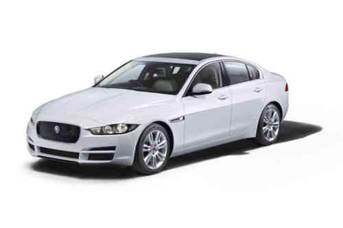 Jaguar Xe Saloon D Se Auto Awd 2.0 Diesel